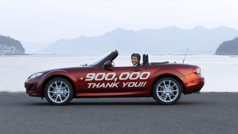 Mazda MX-5 cu numărul 900 000