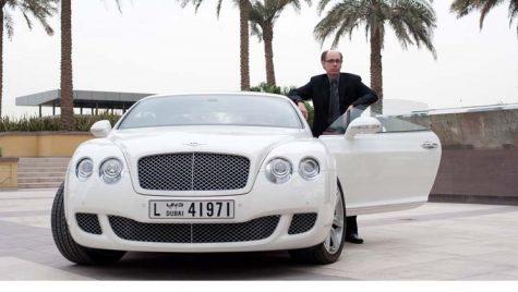James Bond se reorientează către Bentley