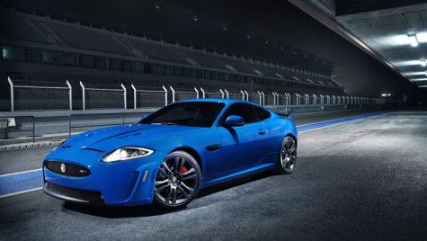 Jaguar prezintă salbaticul XKR-S