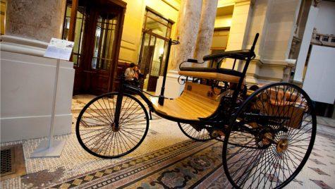 Mercedes-Benz România salută cei 125! ani de inovaţie