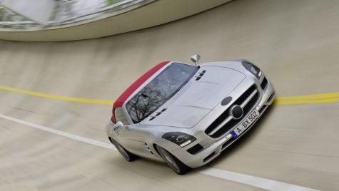 SLS AMG în versiune Roadster