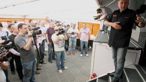 Titi Aur lansează primul Centru Mobil de Conducere Defensivă